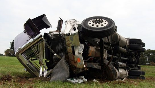 How an Independent Truck Accident Investigation Can Help Your Case